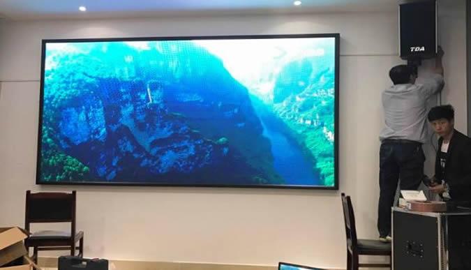 室内P3全彩显示屏花果园国际金融中心